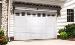 Colonial-Style-Garage-Doors